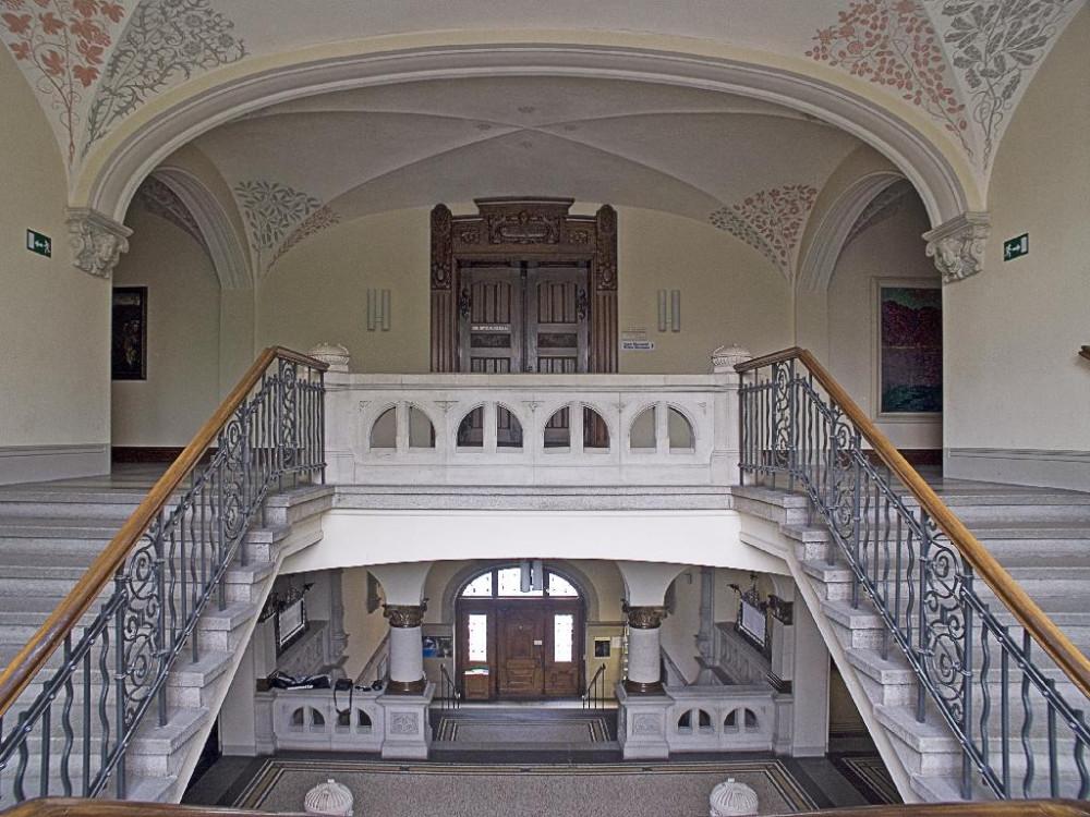 Blick zum Eingang und zur Flügeltür des Großen Sitzungssaals