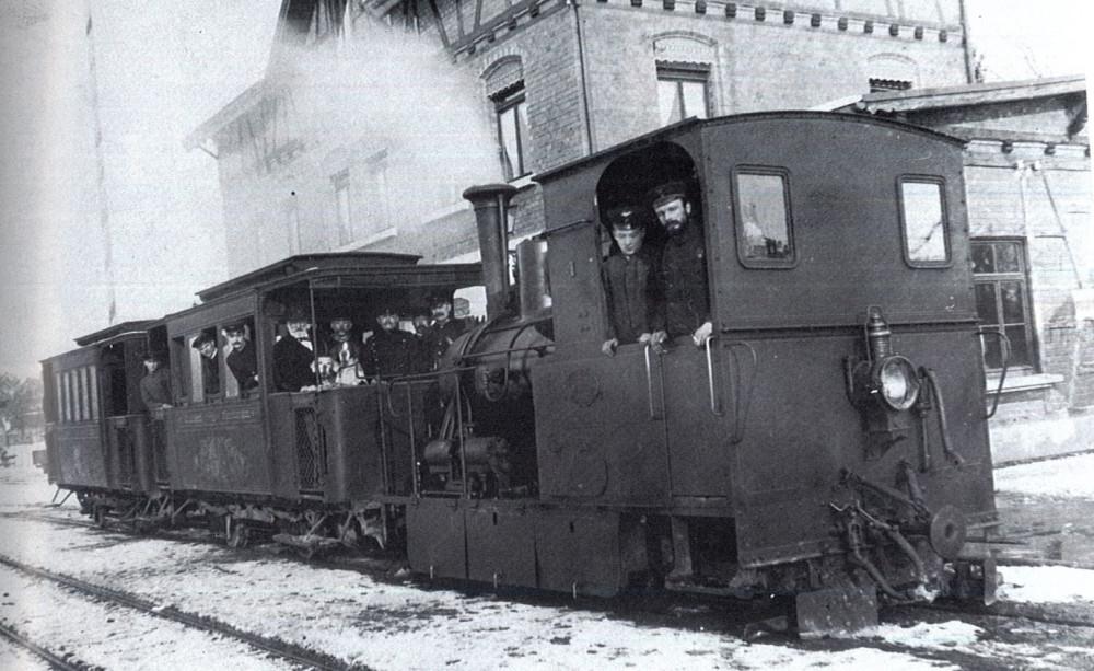 Büschelesbähnle in Eningen bei der Eröffnung, 1899