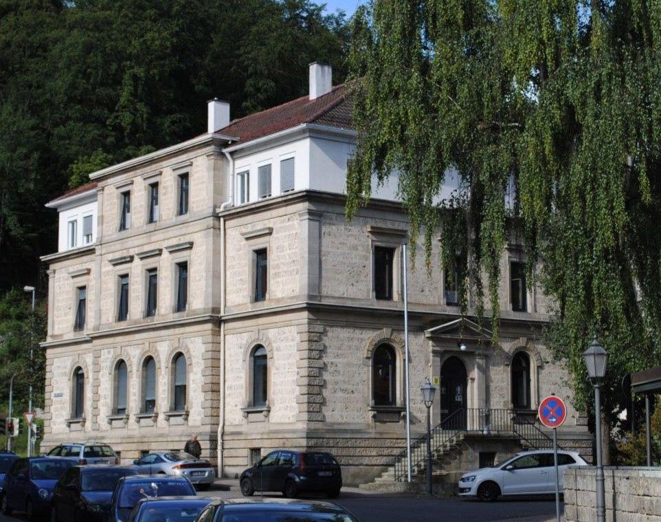 Das Finanzamt in Bad Urach, 2011