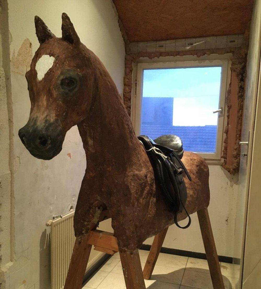 Papplino Pferd