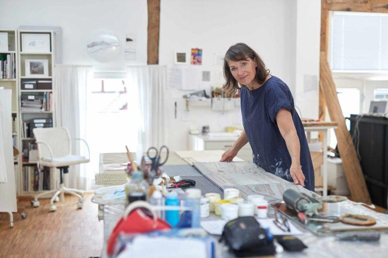Tanja Niederfeld in ihrem Atelier